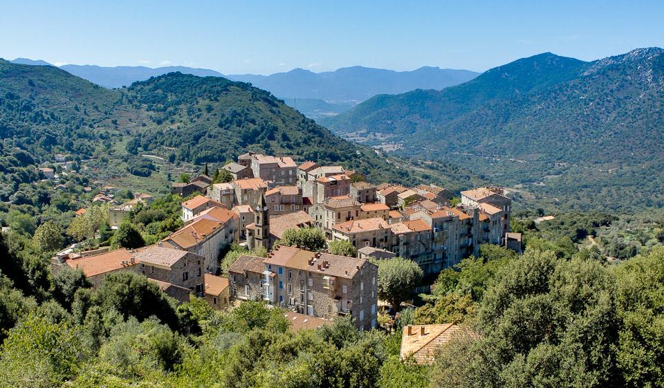 Corse 2011-1735
